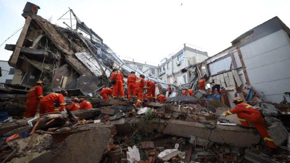 苏州酒店坍塌事故已救出14人