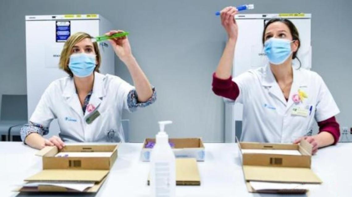 比利时女性感染双重变种毒株后死亡
